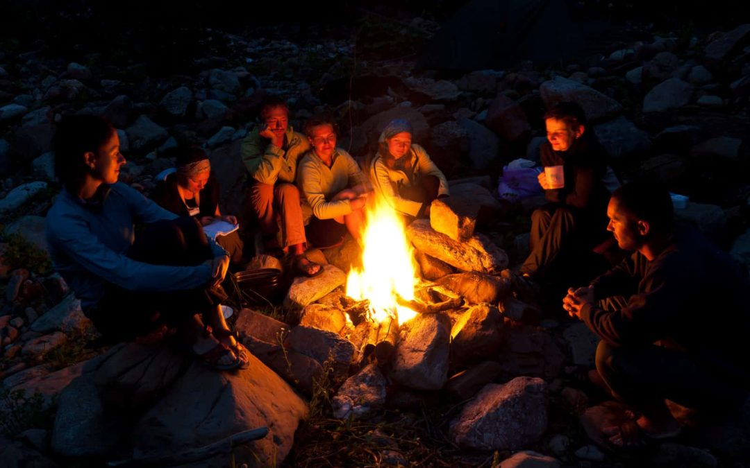 Properly Maintain and Extinguish Your Campfires This Summer